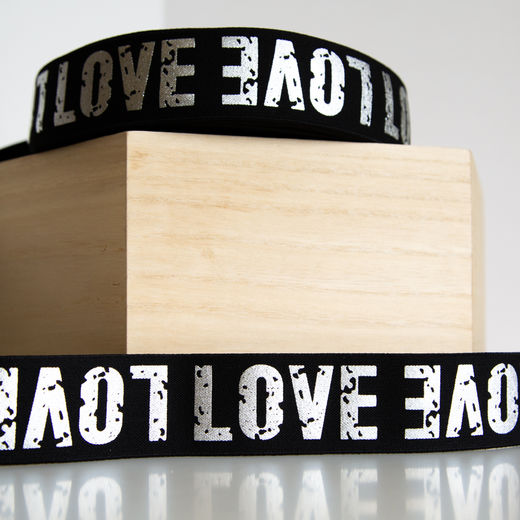 40mm elastic for boxers: Love, black-silver