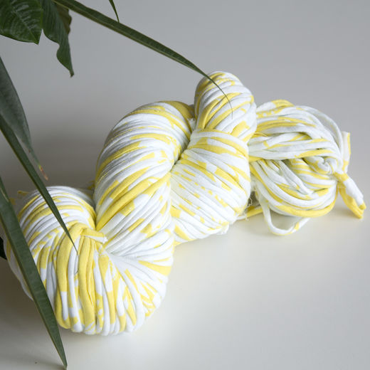 Hulpio jersey yarn, yellow-white